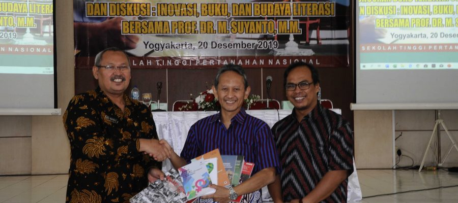Peluncuran Buku Terbitan STPN Tahun 2019 dan Talk Show bersama Prof.  Dr.  M.  Suyanto,  M. M Rektor Universitas Amikom Yogyakarta